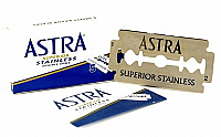 Astra Superior Quality Stainless Steel Double Edged Razor-Pack of 5 Blades