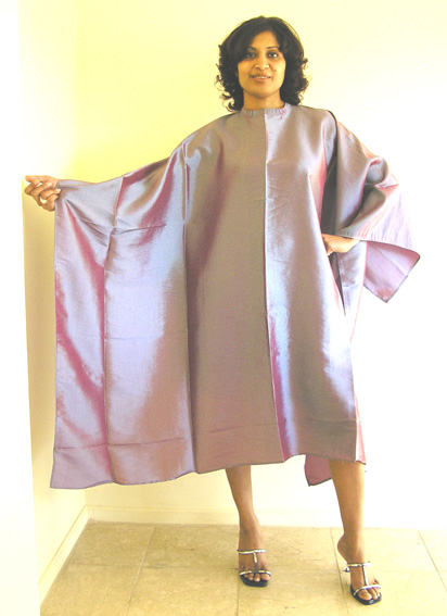 """Impresso"" Crinkle Woven-2 Tone Water Repellent Hairdressering Cape with Studs-Metallic Purple"