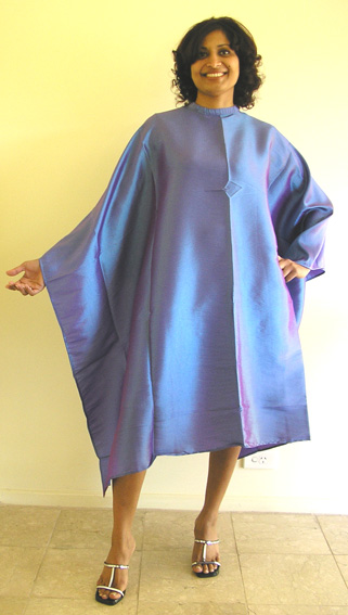 """Impresso"" Crinkle Woven-2 Tone Water Repellent Hairdressering Cape with Studs-Metallic Violet"