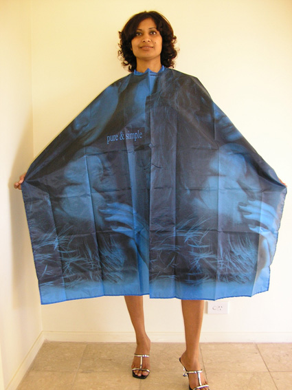 "Impresso ""Pure & Simple"" 100% Waterproof Polyester Woven Hairdressing Cape with Velcro Fastening-Blue"