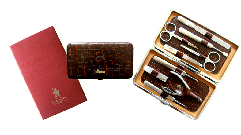 Gladiator Premium Manicure and Personal Care Set in Foldable Leather/Aluminium Case-Boxed B